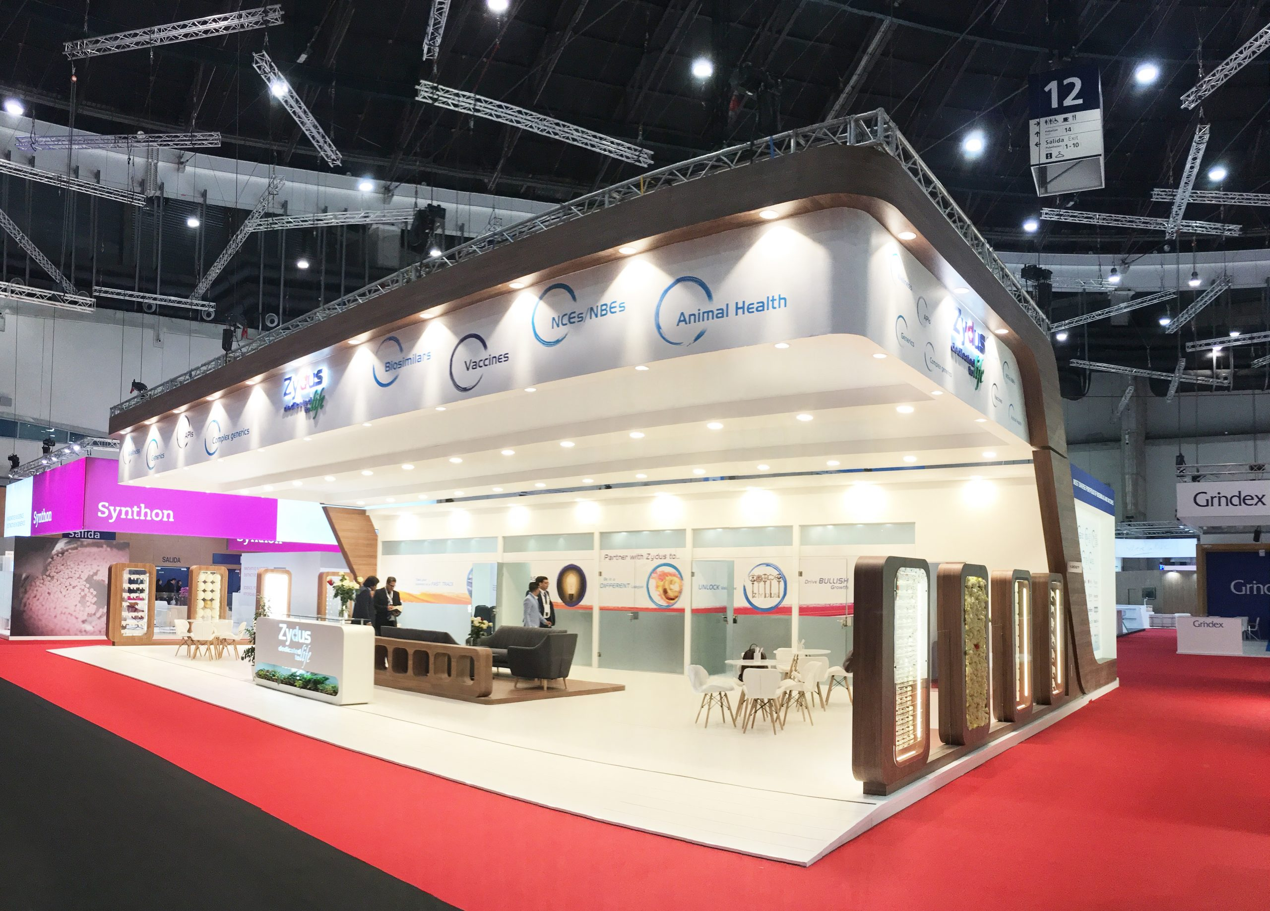Design and build stand CPHI